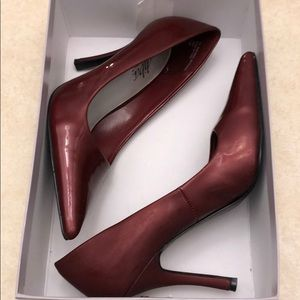 Burgundy wine dress heels pumps size 7.5